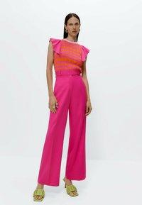 Uterqüe - Print T-shirt - pink - 1