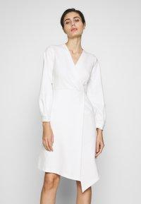 Closet - CLOSET LONG SLEEVE WRAP DRESS - Shift dress - ivory - 0