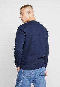 Tommy Jeans - NOVEL LOGO CREW - Sweatshirt - black iris - 2