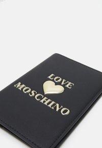 Love Moschino - PASSPORT COVER - Passport holder - nero - 4