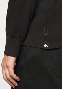 rag & bone - CLASSIC HENLEY - Long sleeved top - black - 5