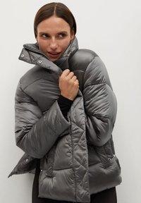 Mango - OPERA - Winter jacket - marron moyen - 0