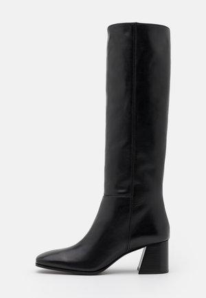 VALORIA - Boots - black