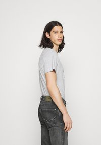 Pepe Jeans - KINGSTON ZIP - Jeans straight leg - black denim - 3