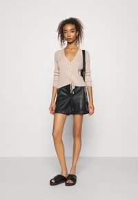 Missguided - LACE UP - Cardigan - beige - 1
