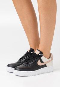 Nike Sportswear - AIR FORCE 1 - Trainers - black/metallic red bronze/light orewood brown/white - 0