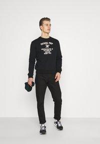 Schott - PHYSICAL - Sweatshirt - black - 1