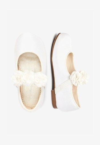 IVORY OCCASION CORSAGE MARY JANES (YOUNGER)