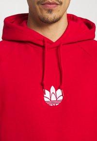 adidas Originals - TREFOIL HOOD UNISEX - Sweatshirt - scarlet - 4