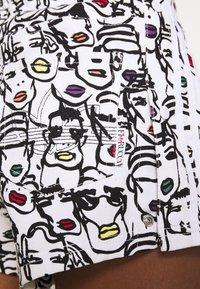 adidas Originals - HIGHLIGHT - Szorty - multicolor - 5