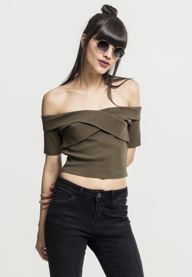 LADIES OFF SHOULDER CROSS - Basic T-shirt - olive