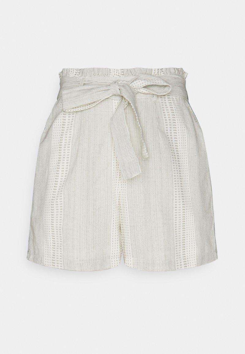 Vero Moda - VMDICTHE TIE EXP GA - Shorts - birch/hilda