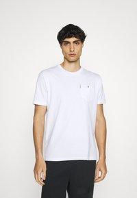 Ben Sherman - SIGNATURE POCKET TEE - Basic T-shirt - white - 0