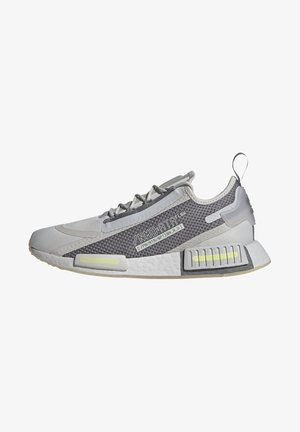 NMD_R1 SPECTOO UNISEX - Trainers - grey one/grey three/yellow tint