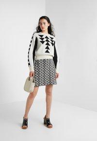 See by Chloé - A-line skirt - white/black - 1