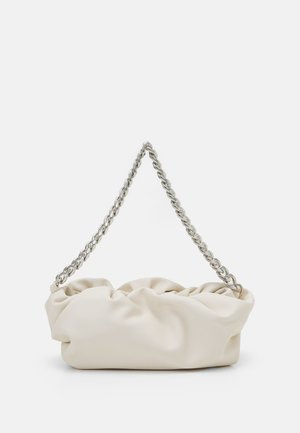 PCABI SHOULDER BAG - Skulderveske - cloud dancer/silver-coloured