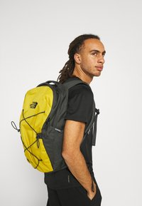 The North Face - JESTER UNISEX - Rucksack - anthracite/ochre - 0