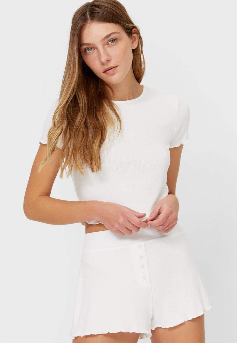 Stradivarius - WITH LETTUCE-EDGE TRIMS - Print T-shirt - off-white