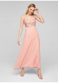 s.Oliver BLACK LABEL - GEBLOEMDE KANT - Maxi dress - spring rose - 1