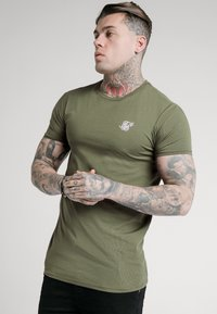 SIKSILK - SHORT SLEEVE GYM - Basic T-shirt - khaki - 0
