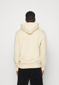 Carhartt WIP - HOODED MOSBY - Sweatshirt - dusty brown - 2