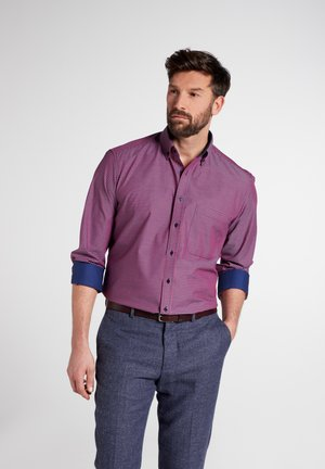 COMFORT FIT - Shirt - rot/blau