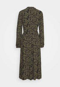 Moss Copenhagen - CALIE MOROCCO DRESS - Košilové šaty - sage - 1
