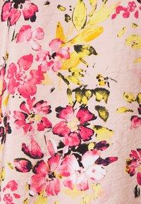 Vero Moda - VMGIGI  - T-shirt med print - sepia rose - 2