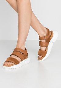 Shoe The Bear - MALA SPORT  - Platform sandals - tan - 0