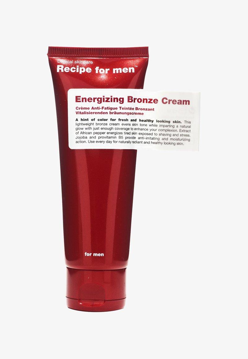 Recipe For Men - ENERGIZING BRONZE CREAM 75ML - Tinted moisturiser - -