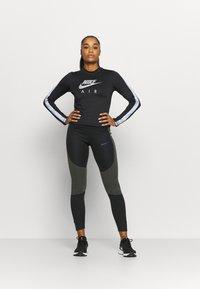 Nike Performance - AIR MID - Sports shirt - black/silver - 1