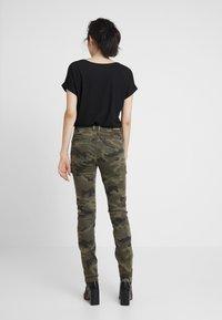 Cream - ANINA CARMU PANTS SHAPE - Slim fit jeans - sea green - 2