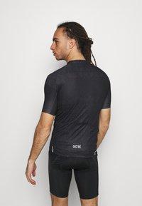 Gore Wear - GORE® WEAR MAGIX MENS - Print T-shirt - black - 2