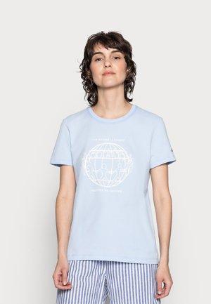 ONE PLANET REGULAR TEE - Print T-shirt - sweet blue