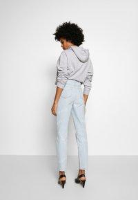 Fiorucci - SCATTERED LOGO TARA LIGHT VINTAGE - Jeans a sigaretta - blue denim - 2
