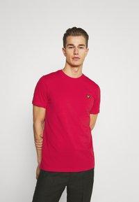 Lyle & Scott - PLAIN - Basic T-shirt - gala red - 0