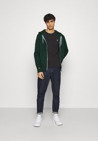Pier One - Zip-up hoodie - dark green - 1