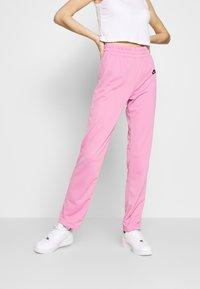 Nike Sportswear - TRACK SUIT SET - Hettejakke - magic flamingo/white - 3