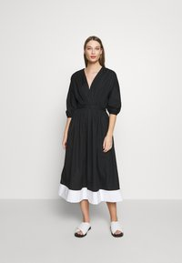 N°21 - Robe d'été - black - 0