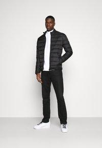 Calvin Klein Jeans - MOCK NECK TEE - Longsleeve - bright white - 1