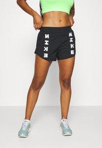 Nike Performance - TEMPO SHORT - Pantalón corto de deporte - black/black/black/white - 0