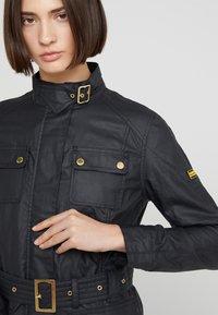 Barbour International - BEARINGS CASUAL - Summer jacket - black tonal - 4