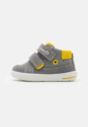MOPPY - Touch-strap shoes - grau/gelb