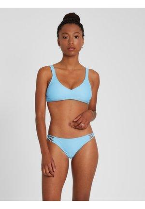 SIMPLY SOLID VNECK - Bikini top - coastal blue