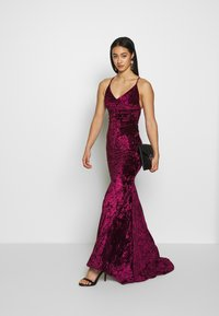 Club L London - CROSS BACK FISHTAIL MAXI DRESS - Occasion wear - wine - 1