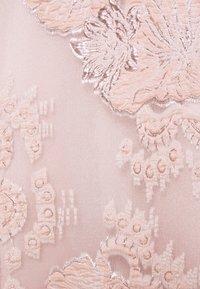 Swing - VOKUHILA - Společenské šaty - peach blush - 2