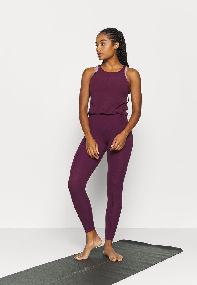 YOGA - Gym suit - night maroon