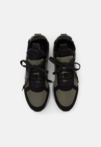 Calvin Klein Jeans - JODEY - Trainers - olive night/black - 3