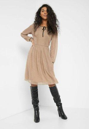 PUNKTEN - Jumper dress - creme beige