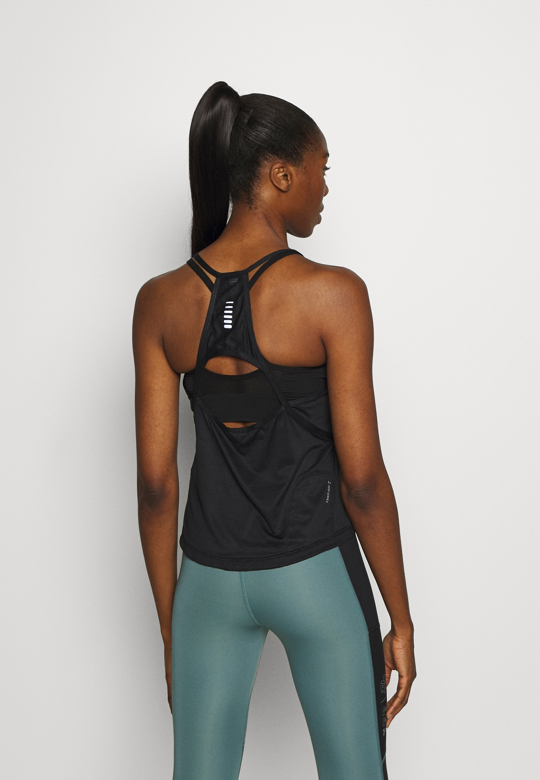 Under Armour UA QUALIFIER ISO CHILL TANK - Sports shirt - black e078t